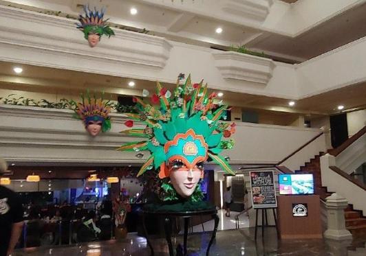 记者:国足在菲律宾下榻酒店旁有赌场,但这是当地特色